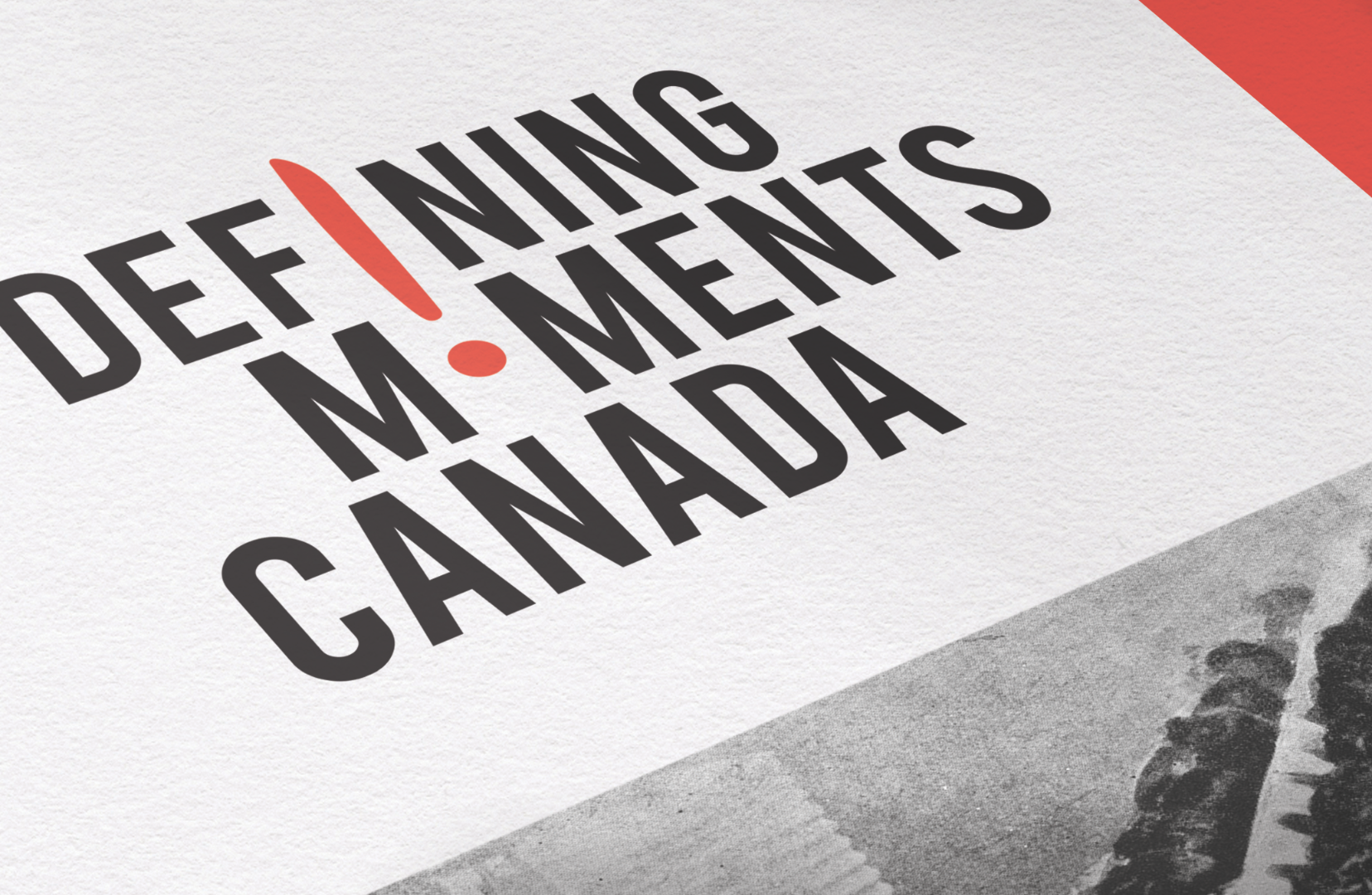Logo for Defining Moments Canada